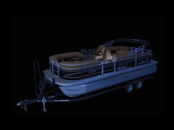 2020 Sun Tracker boat for sale, model of the boat is PARTY BARGE® 22 RF XP3 & Image # 13 of 63