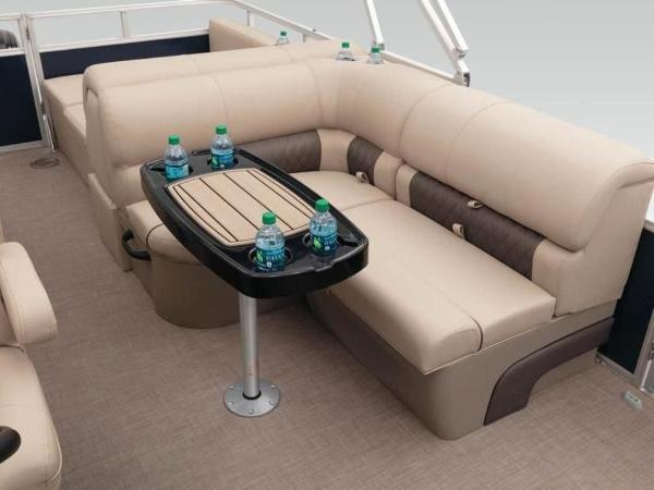 2020 Sun Tracker boat for sale, model of the boat is PARTY BARGE® 22 RF XP3 & Image # 36 of 63