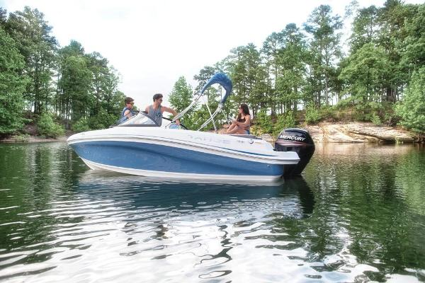 2019 Tahoe boat for sale, model of the boat is 450 TS & Image # 5 of 29