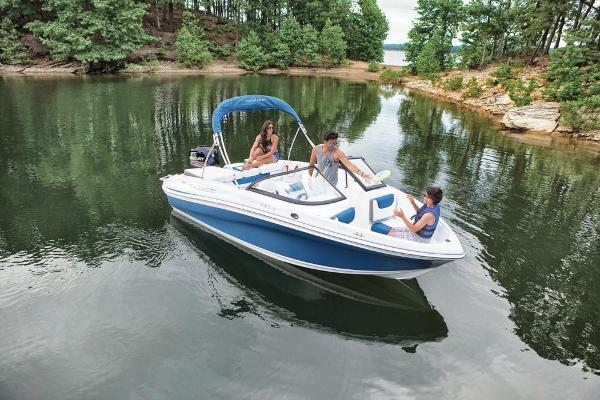2019 Tahoe boat for sale, model of the boat is 450 TS & Image # 6 of 29