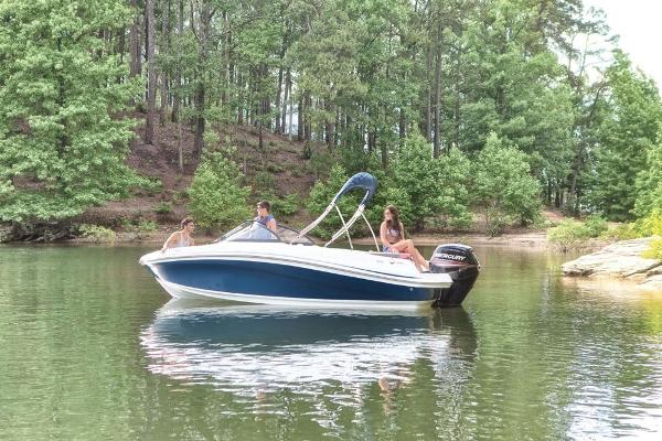 2019 Tahoe boat for sale, model of the boat is 450 TS & Image # 7 of 29