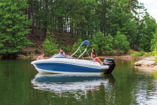 2019 Tahoe boat for sale, model of the boat is 450 TS & Image # 17 of 29