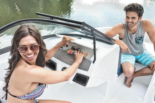2019 Tahoe boat for sale, model of the boat is 450 TS & Image # 24 of 29