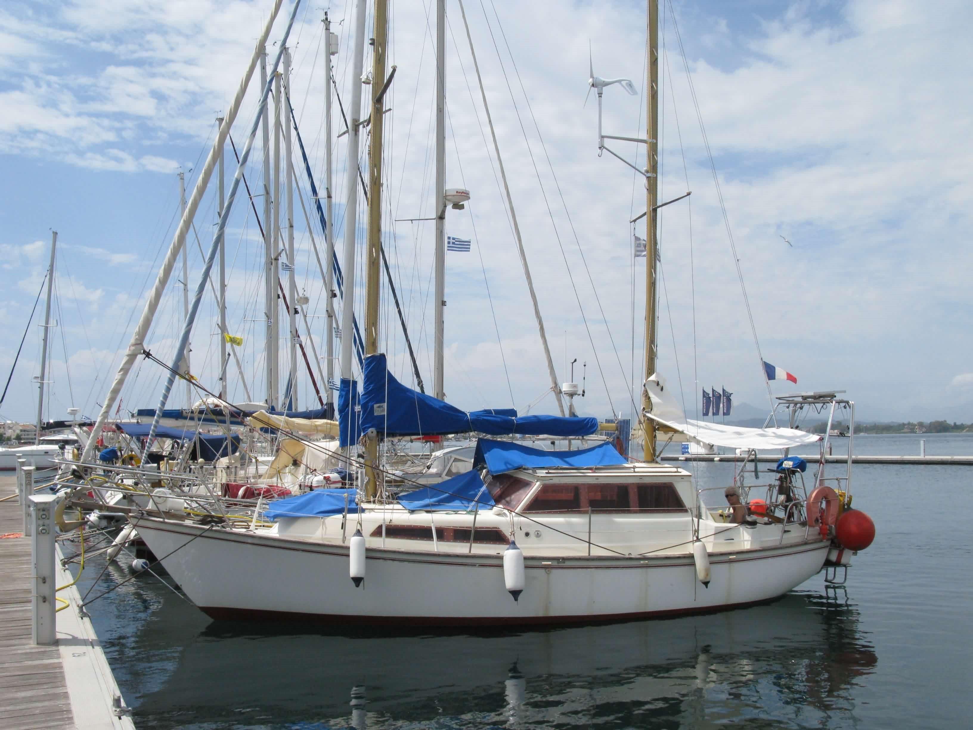 Beneteau Evasion 32 Boat For Sale