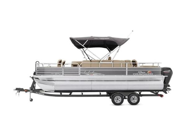 2020 Sun Tracker boat for sale, model of the boat is FISHIN' BARGE® 22 XP3 & Image # 12 of 64