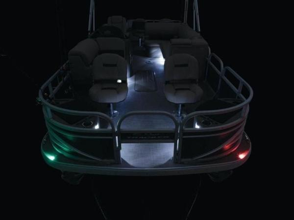 2020 Sun Tracker boat for sale, model of the boat is FISHIN' BARGE® 22 XP3 & Image # 13 of 64