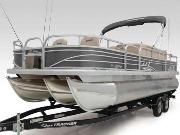 2020 Sun Tracker boat for sale, model of the boat is FISHIN' BARGE® 22 XP3 & Image # 20 of 64