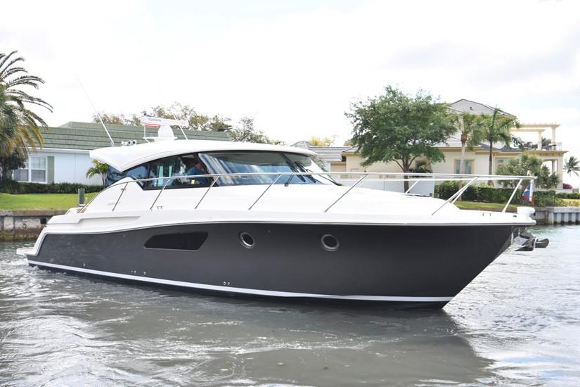 2015 Tiara 44 Coupe