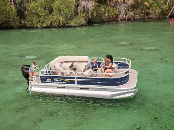 2020 Sun Tracker boat for sale, model of the boat is Bass Buggy® 16 XL & Image # 1 of 29