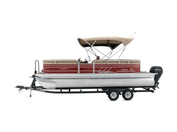 2020 Sun Tracker boat for sale, model of the boat is PARTY BARGE® 22 XP3 & Image # 5 of 58
