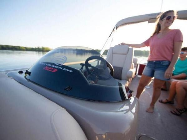 2020 Sun Tracker boat for sale, model of the boat is PARTY BARGE® 22 XP3 & Image # 38 of 58
