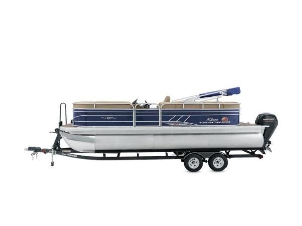 2020 Sun Tracker boat for sale, model of the boat is PARTY BARGE® 22 XP3 & Image # 50 of 58