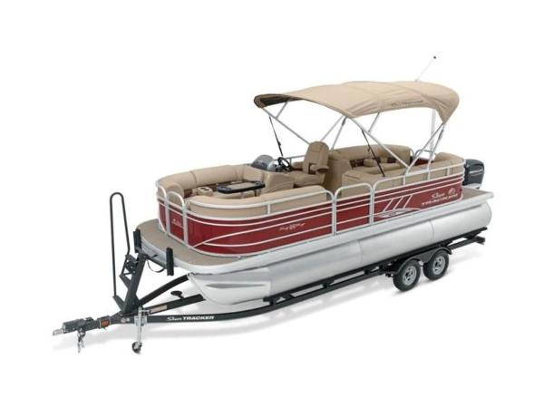 2020 Sun Tracker boat for sale, model of the boat is PARTY BARGE® 22 XP3 & Image # 56 of 58