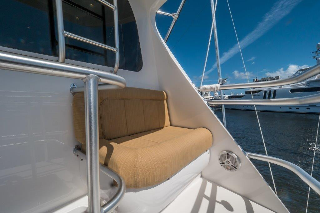 Aft Flybridge Deck