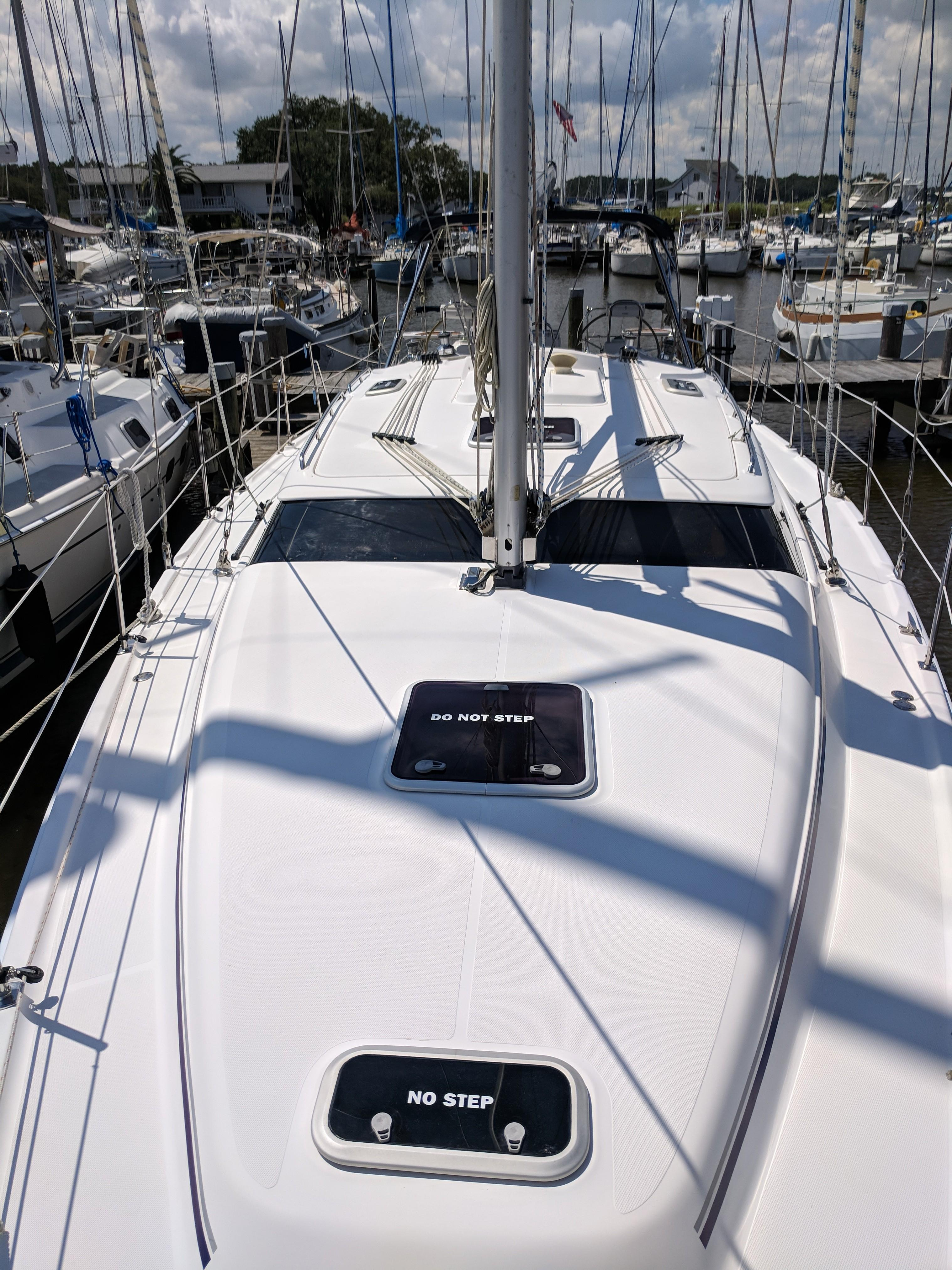 Island Sister Hunter 2008 45 Deck Salon 45 Yacht For Sale In Us