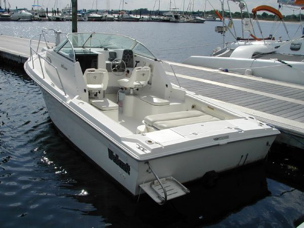 1999 Wellcraft 22 Walkaround For Sale
