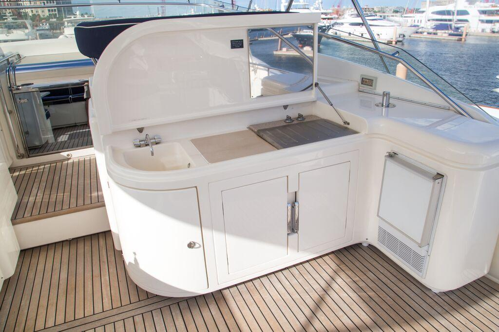 Flybridge BBQ, Sink, Ice Maker and Refrigeration
