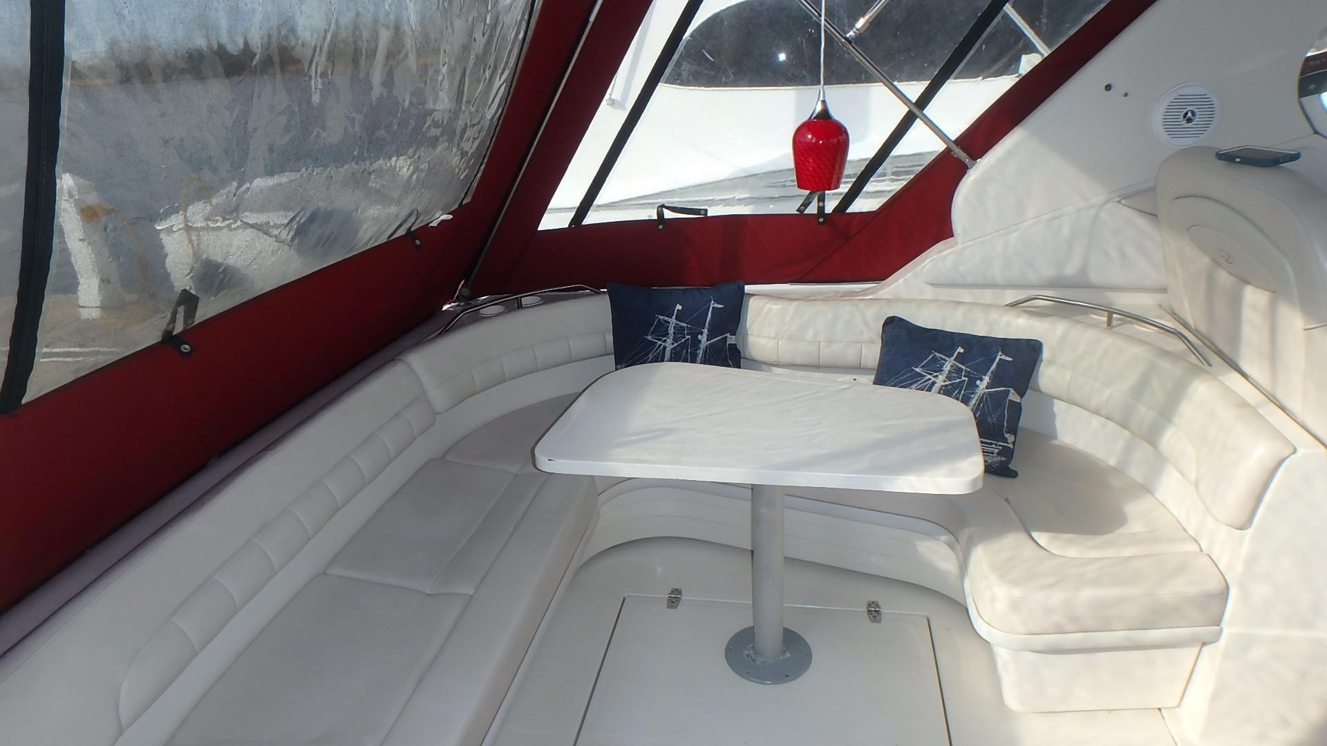 Regal 402 Commodore - Photo: #14