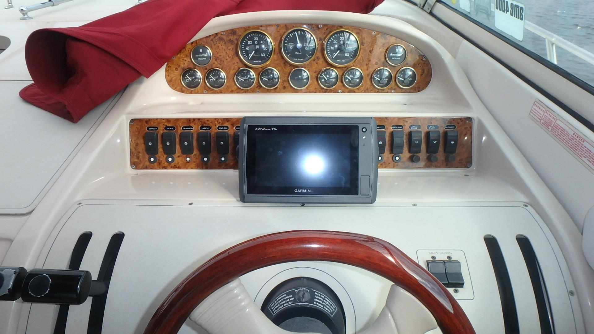 Regal 402 Commodore - Photo: #24
