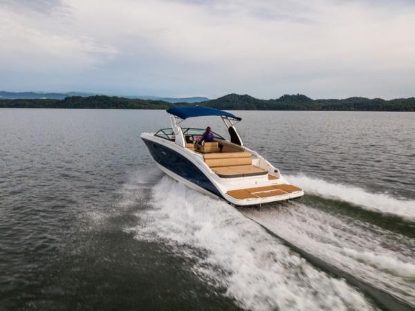 2020 Sea Ray boat for sale, model of the boat is SDX 270 & Image # 4 of 21