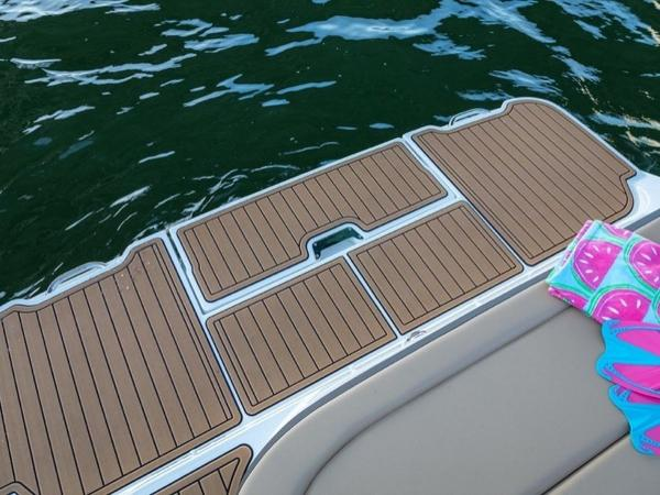 2020 Sea Ray boat for sale, model of the boat is SDX 270 & Image # 17 of 21