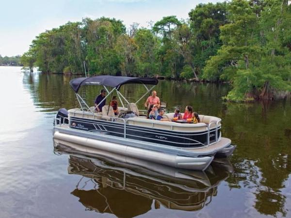 2020 Sun Tracker boat for sale, model of the boat is PARTY BARGE® 24 XP3 & Image # 5 of 60