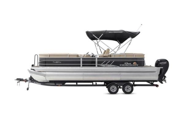 2020 Sun Tracker boat for sale, model of the boat is PARTY BARGE® 24 XP3 & Image # 50 of 60