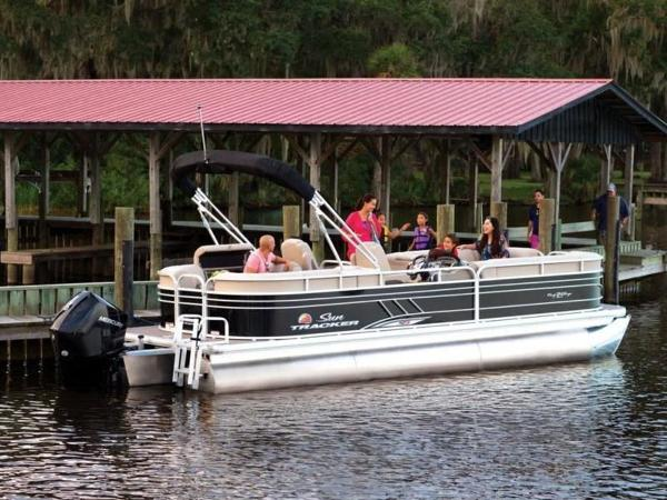 2020 Sun Tracker boat for sale, model of the boat is PARTY BARGE® 24 XP3 & Image # 51 of 60
