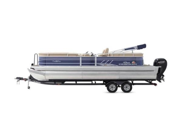 2020 Sun Tracker boat for sale, model of the boat is PARTY BARGE® 24 XP3 & Image # 57 of 60