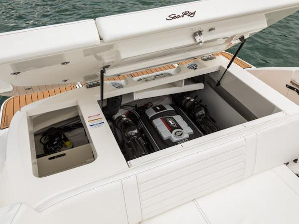 2020 Sea Ray boat for sale, model of the boat is SPX 230 & Image # 11 of 18