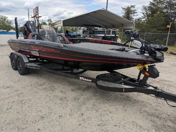 2020 Triton boat for sale, model of the boat is 20 TRX & Image # 1 of 17