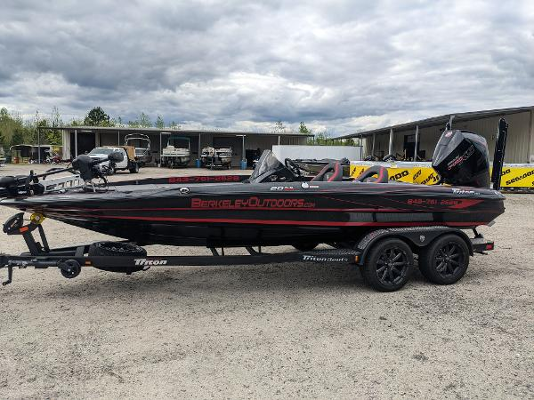 2020 Triton boat for sale, model of the boat is 20 TRX & Image # 4 of 17