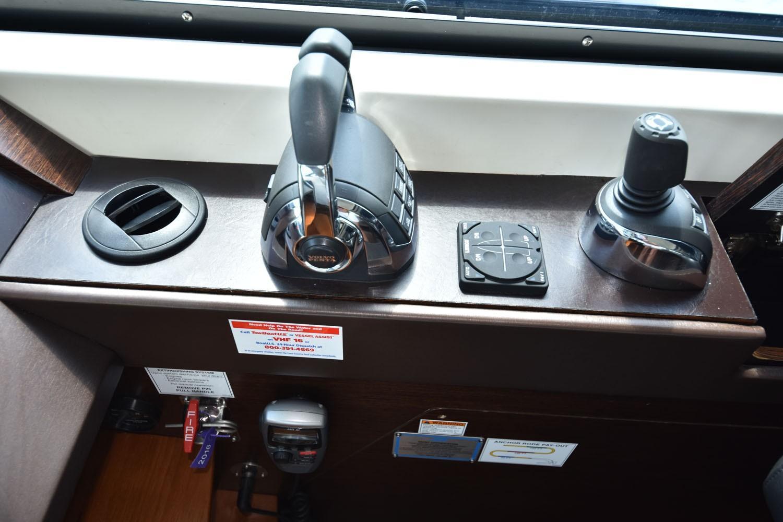 2014 Tiara 5000 Coupe Helm