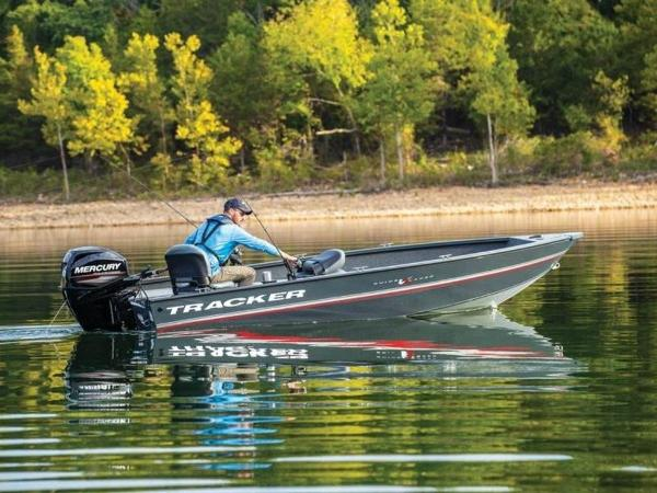 2020 Tracker Boats boat for sale, model of the boat is Guide V-16 Laker DLX T & Image # 22 of 32