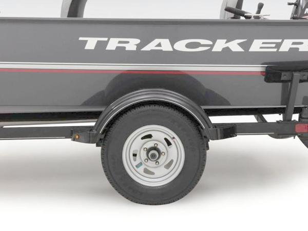 2020 Tracker Boats boat for sale, model of the boat is Guide V-16 Laker DLX T & Image # 24 of 32