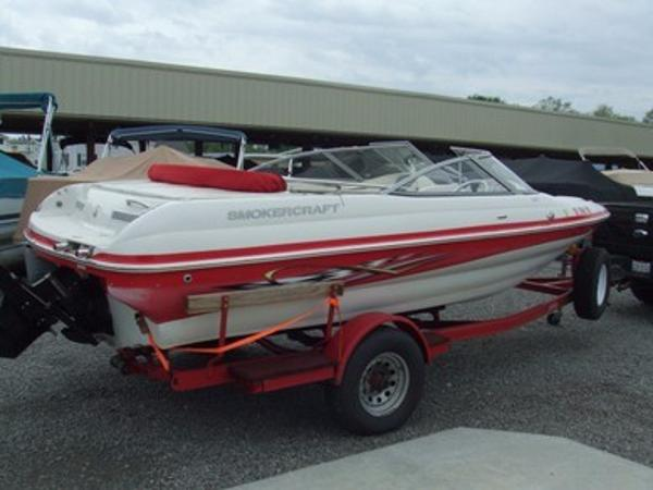 2005 Smoker Craft boat for sale, model of the boat is 190 Bowrider & Image # 1 of 10