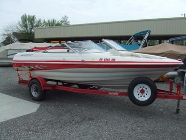 2005 Smoker Craft boat for sale, model of the boat is 190 Bowrider & Image # 2 of 10