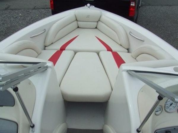 2005 Smoker Craft boat for sale, model of the boat is 190 Bowrider & Image # 5 of 10