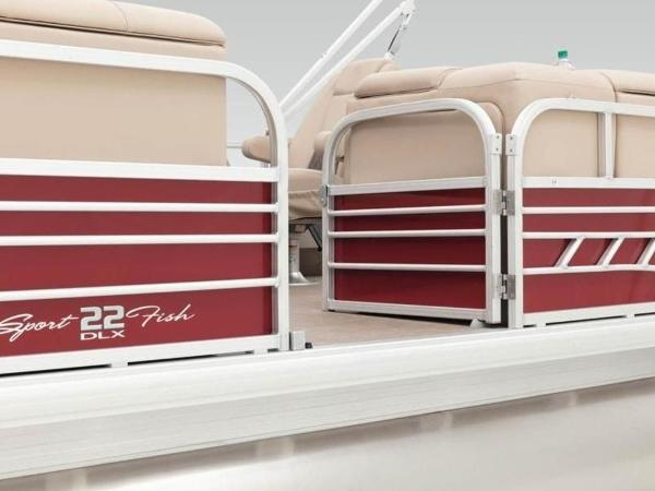 2020 Sun Tracker boat for sale, model of the boat is SportFish™ 22 DLX & Image # 4 of 55
