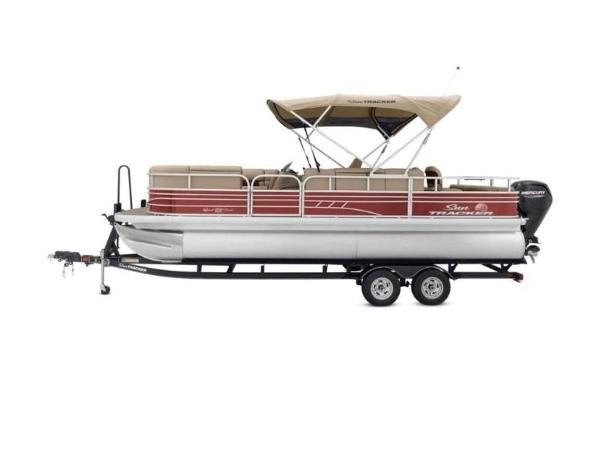 2020 Sun Tracker boat for sale, model of the boat is SportFish™ 22 DLX & Image # 5 of 55