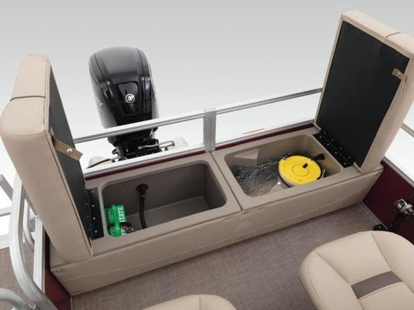 2020 Sun Tracker boat for sale, model of the boat is SportFish™ 22 DLX & Image # 29 of 55