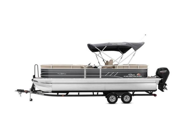 2020 Sun Tracker boat for sale, model of the boat is PARTY BARGE® 24 DLX & Image # 43 of 59