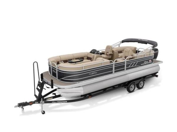 2020 Sun Tracker boat for sale, model of the boat is PARTY BARGE® 24 DLX & Image # 44 of 59