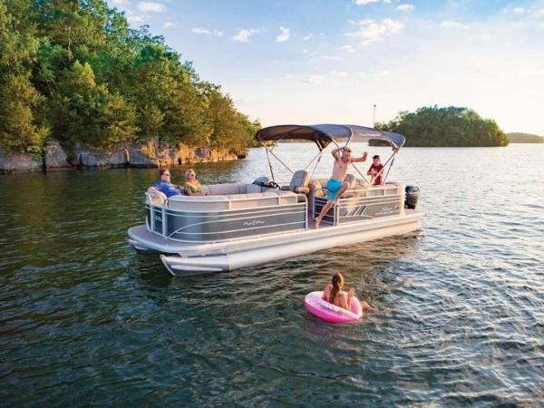 2020 Sun Tracker boat for sale, model of the boat is PARTY BARGE® 24 DLX & Image # 48 of 59