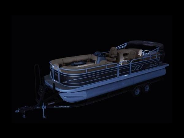 2020 Sun Tracker boat for sale, model of the boat is PARTY BARGE® 24 DLX & Image # 51 of 59