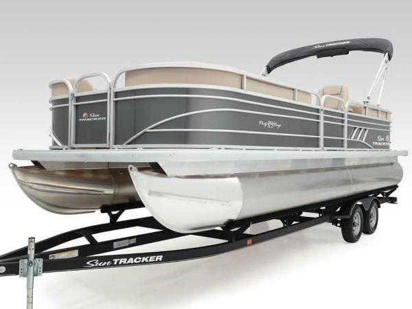 2020 Sun Tracker boat for sale, model of the boat is PARTY BARGE® 24 DLX & Image # 53 of 59
