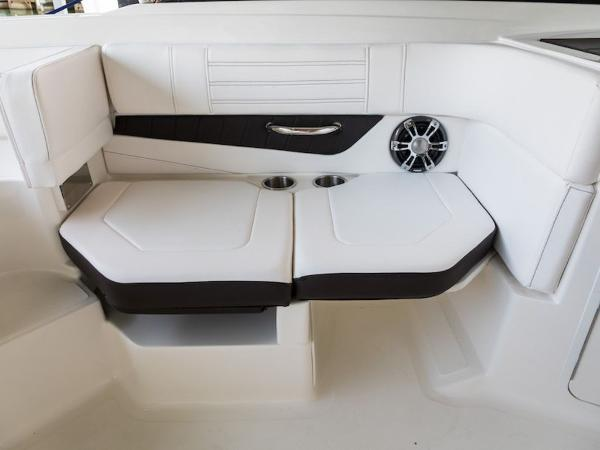 2020 Sea Ray boat for sale, model of the boat is SPX 190 OB & Image # 11 of 13