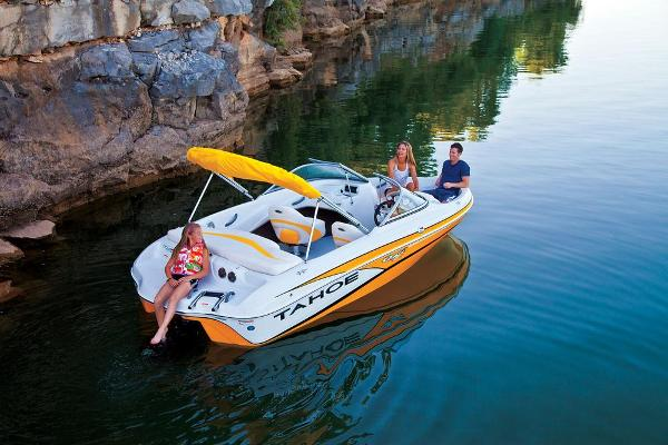 2013 Tahoe boat for sale, model of the boat is Q4i w/ 3.0 MPI 135HP ECT and Trailer & Image # 3 of 38