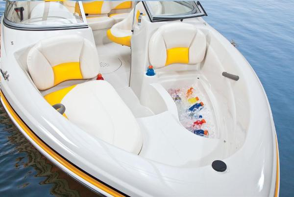 2013 Tahoe boat for sale, model of the boat is Q4i w/ 3.0 MPI 135HP ECT and Trailer & Image # 22 of 38