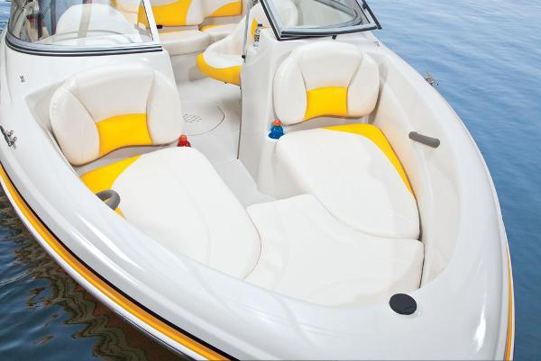 2013 Tahoe boat for sale, model of the boat is Q4i w/ 3.0 MPI 135HP ECT and Trailer & Image # 24 of 38